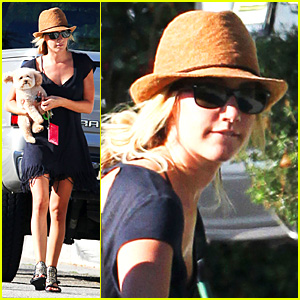 Ashley Tisdale: Puppy Pickup!