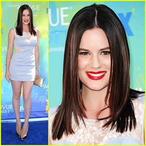 Chelsea Hobbs - Teen Choice Awards 2011