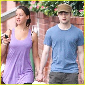 Daniel Radcliffe Debuts Mystery Girlfriend!