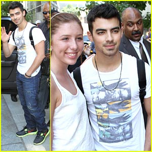 Joe Jonas: MTV's '10 on Top' Co-Host This Saturday!