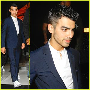 Joe Jonas Failed Babysitting Class