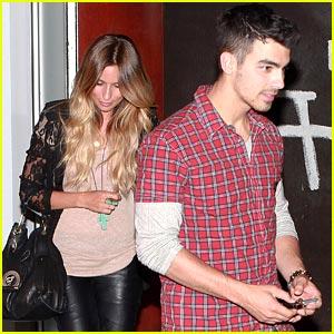 Joe Jonas: Dinner Date at Susan Feniger's Street