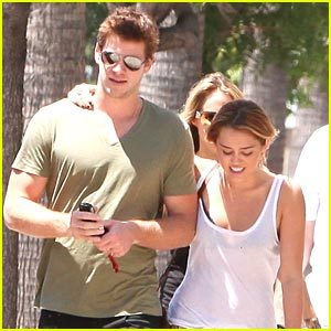 Miley Cyrus & Liam Hemsworth: Pasadena Pair