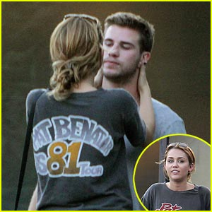 Miley Cyrus & Liam Hemsworth: Sushi Sweeties