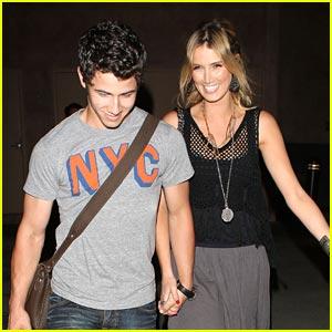 Nick Jonas & Delta Goodrem: Bowling Date!