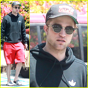 Robert Pattinson: Groceries Guy!