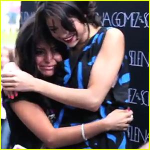 Selena Gomez: Love My Fans!