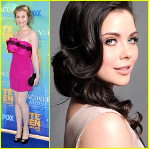 Skyler Samuels & Grace Phipps -- Teen Choice Awards 2011