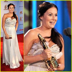 Alexa Vega Wins at ALMA Awards 2011!