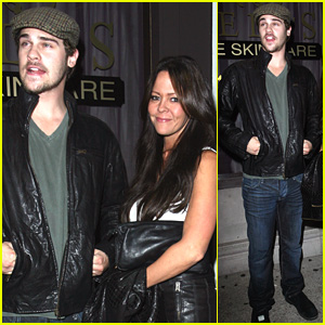 Grey Damon: Hangout At Hyde Lounge