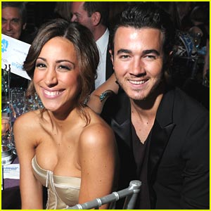 Kevin & Danielle Jonas: Reality Series in The Works?