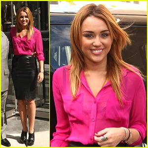Miley Cyrus: TopShop Chicago Grand Opening!