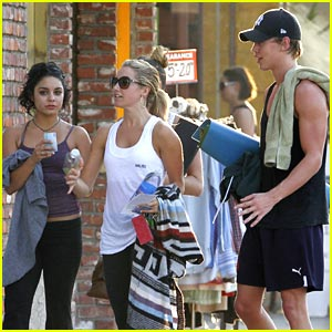 Did ashley tisdale hookup austin butler