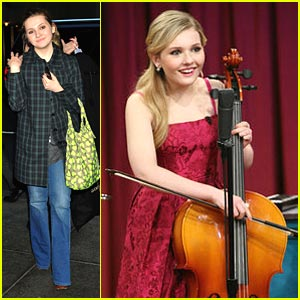 Abigail Breslin: Cello Player on 'Late Night with Jimmy Fallon'!