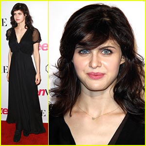 Alexandra Daddario Joins 'Parenthood'