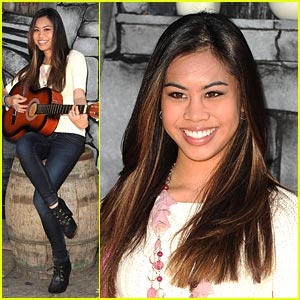 Ashley Argota: Puss & Boots Premiere!