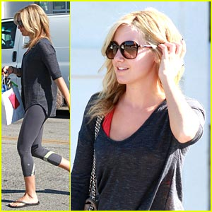 Ashley Tisdale is 'Under Construction' -- New ABC Series!