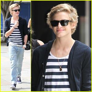 Cody Simpson Shows His Sydney Stripes
