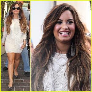 Demi Lovato: Jingle Ball KickOff Performer!
