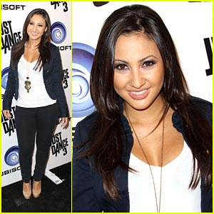 Francia Raisa Remembers Pregnancy and Infant Loss Awareness Month