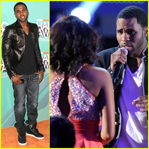 Jason Derulo Serenades Adele Taylor at Halo Awards!