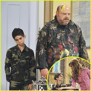 Cameron Boyce &#038; Kevin Chamberlin: Paintball Practice!