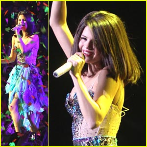 Selena Gomez: Feathers, Fun and Fans!