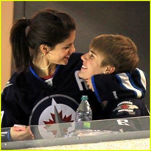 Selena Gomez & Justin Bieber: Hockey Honeys