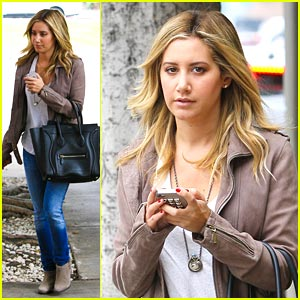 Ashley Tisdale: Business Meeting Beauty