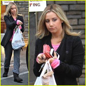 Ashley Tisdale: Shakey's Snack Pick Up