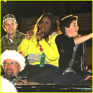 Jason Dolley & Bradley Steven Perry: Hollywood Christmas Parade Pair