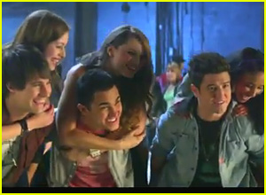 Big Time Rush: 'Music Sounds Better With U' Music Video Premiere!