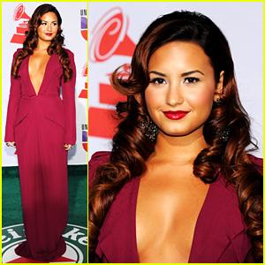 Demi Lovato: Latin Grammys Gorgeous
