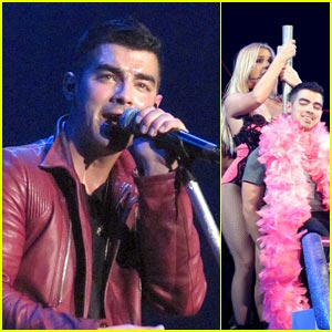 Joe Jonas: 'Lace and Leather' Dance from Britney Spears!