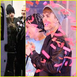 Justin Bieber: AniMagic 'Santa Claus' Music Video!