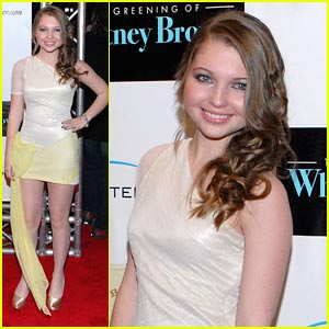 Sammi Hanratty: 'The Greening of Whitney Brown' Premiere