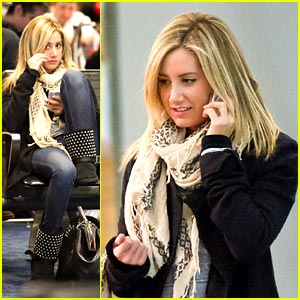 Ashley Tisdale: New Year's in New York!