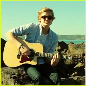 Cody Simpson Debuts 'Angel' Video!