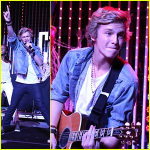 Cody Simpson: Kettle Concert Cutie