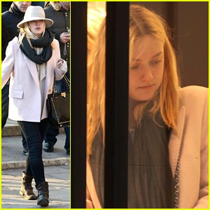 Dakota Fanning: Shopping in Venice!
