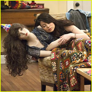 Nora Dershlit is Still Psycho for iCarly!