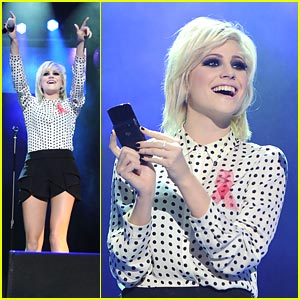Pixie Lott: Key 103 Jingle Ball!