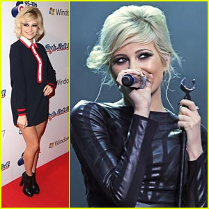 Pixie Lott: Jingle Ball Beauty