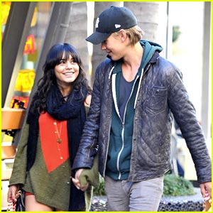 Vanessa Hudgens & Austin Butler: Holding Hands for the Holidays