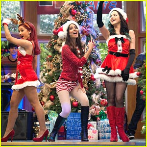 Victoria Justice: Hollywood Arts Holidays!