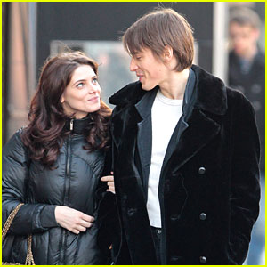 Ashley Greene & Reeve Carney Check Out Columbus Circle