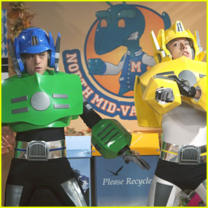 Dylan &#038; Cole Sprouse on 'So Random' -- New Pics!