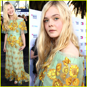 Elle Fanning: Critics' Choice Awards 2012