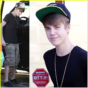 Justin Bieber Stops By Shakey's