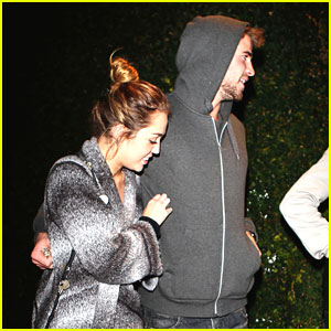 Miley Cyrus & Liam Hemsworth: Casa Vega Couple